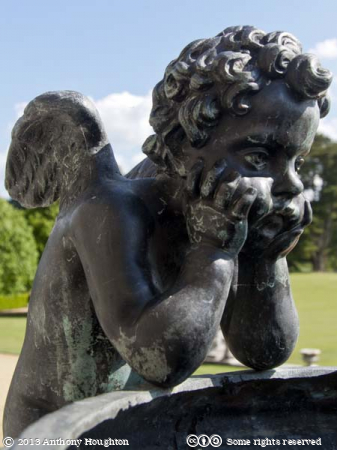 Putto,Urn,Kingston Lacy,Garden,Statley Home,Tourist,Visitor,Attraction