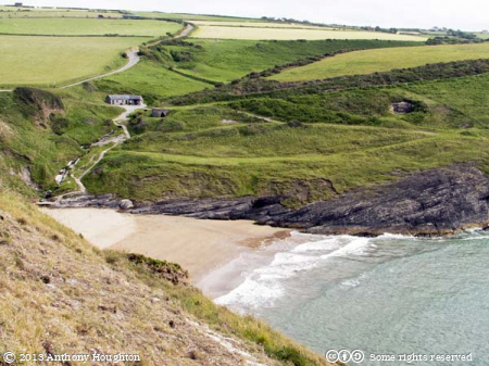 Traeth Y Mwnt,Mount Beach,Beach,Cliffs,Sea