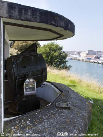 Searchlight,Nothe Fort,Weymouth,Sea