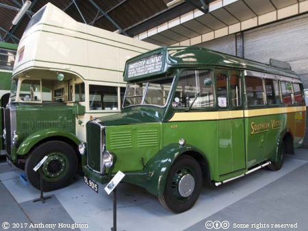 Dennis Ace 405,DL 9015,Isle of Wight Bus and Coach Museum