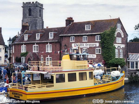 Warham,Boat,Buildings